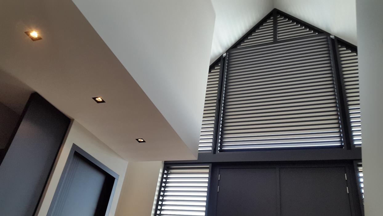 aluminium shutters (92)